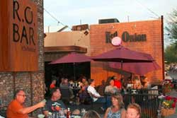 pet friendly restaurants in havasu
